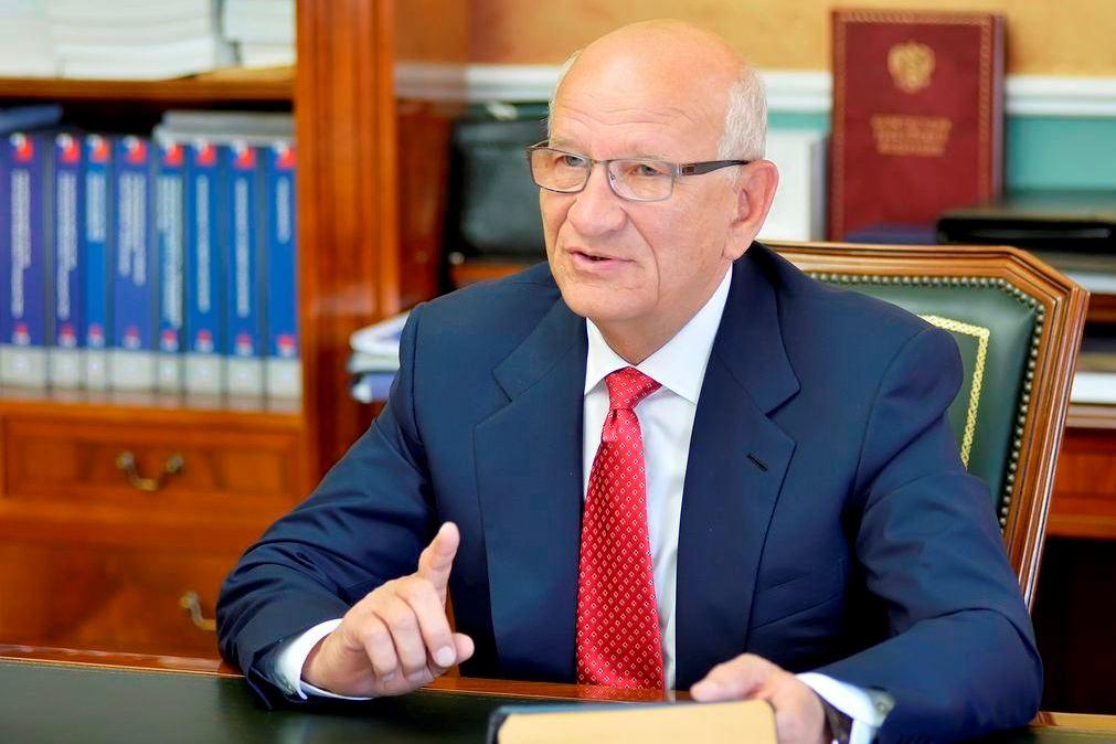 Воробьев поздравил сДнем русской конституции