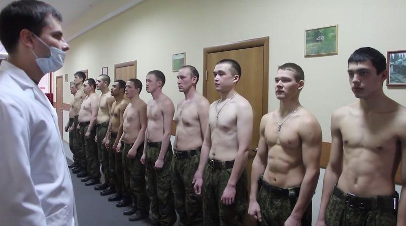 Видео осмотр солдат фото 450-772