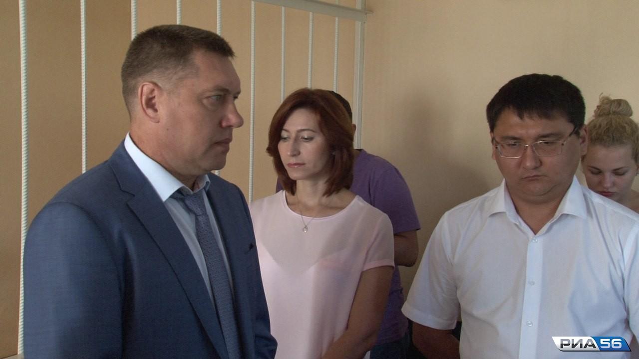 Суд вОренбурге начал оглашать вердикт Олегу Пивунову