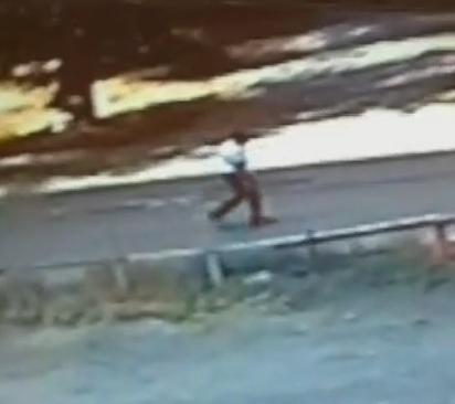 ВОрске мужчина ввиде электрика домогался 11-летнюю девочку