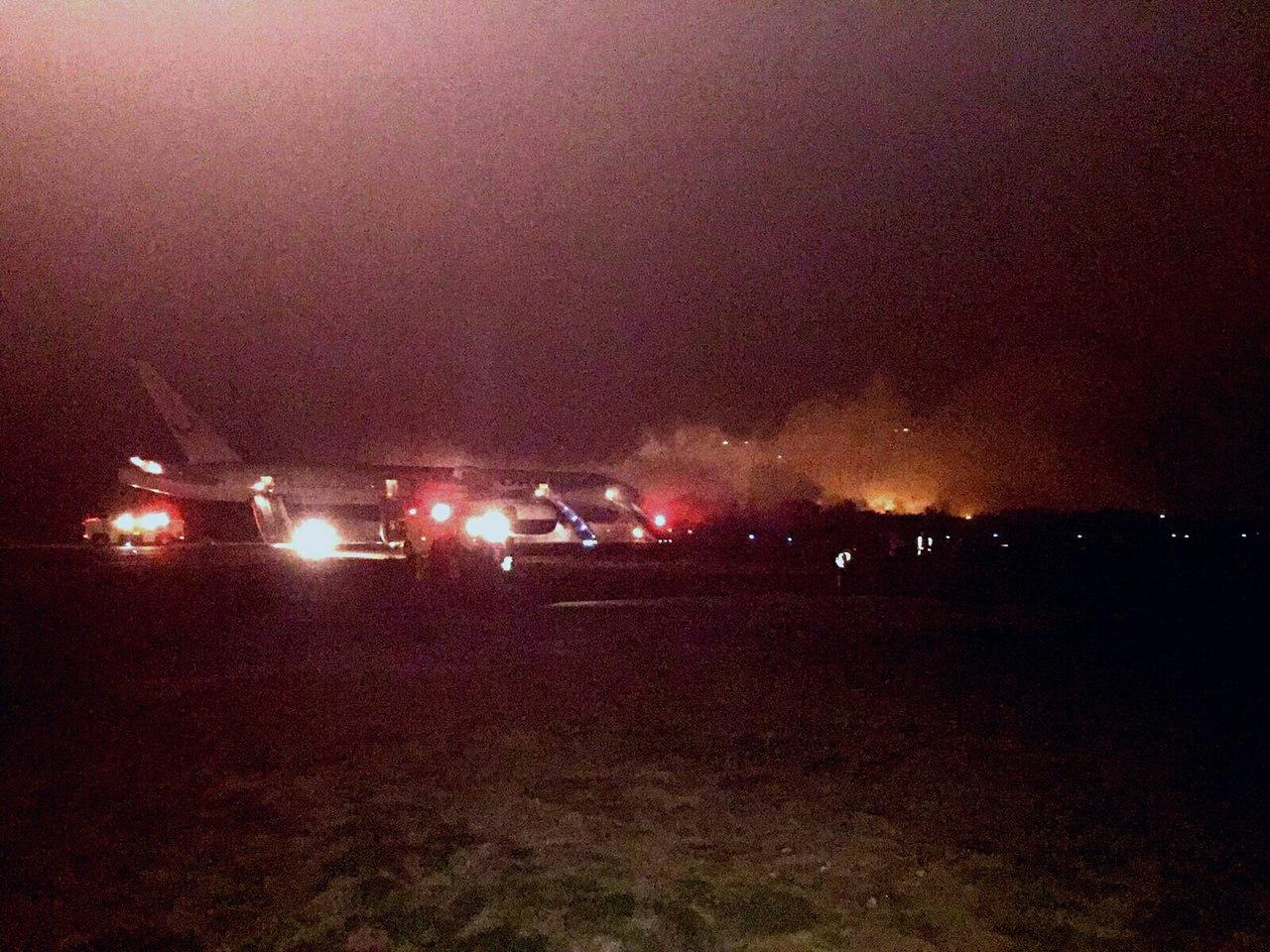 фото горящего самолета из доминиканы расположен одном самых
