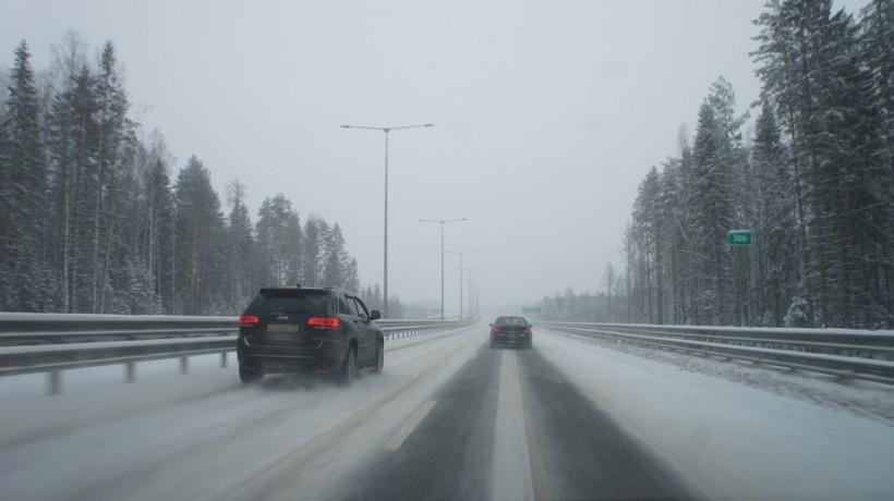 Ограничение движения на трассах Оренбуржья сняли