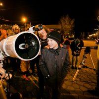 Открытие сезона проекта «Смотри на звезды» собрало больше 200 любителей астрономии