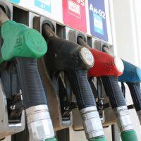 В Оренбуржье продолжается рост цен на бензин