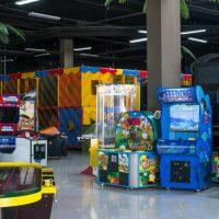 Детским игровым зонам в оренбургских торговых центрах грозит переезд