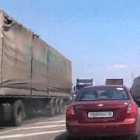 Оренбургские дачники перекрыли дорогу на Уфу из-за отключения электроэнергии
