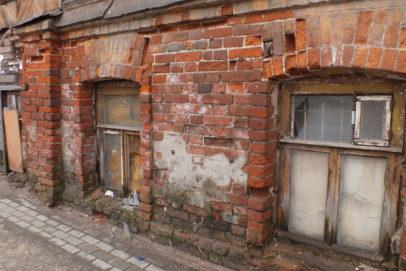 Суд обязал мэрию Оренбурга снести 15 аварийных домов