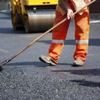 В выходные в Оренбурге дорожные работы продолжатся на пяти участках