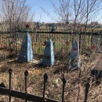 В Оренбурге ищут волонтеров для покраски крестов и обелисков на могилах ветеранов Великой Отечественной
