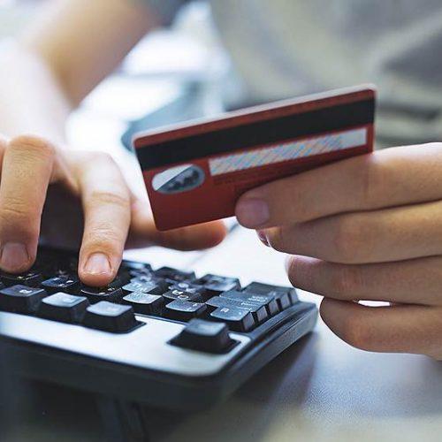 Таможня предложила облагать пошлиной все покупки в иностранных интернет-магазинах