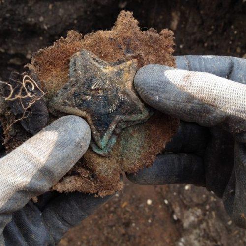 Оренбургские поисковики обнаружили в Крыму останки 163 советских воинов