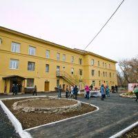 Жителям поселка Первомайский подарили новый двор