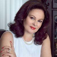 Елена Киселева: Я нахожусь в Москве и не могу дозвониться до следователей, которые объявили меня в розыск