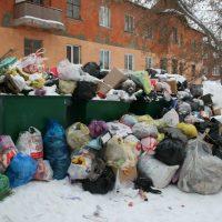 Новогодние мусорные завалы в Орске станут причиной министерской проверки
