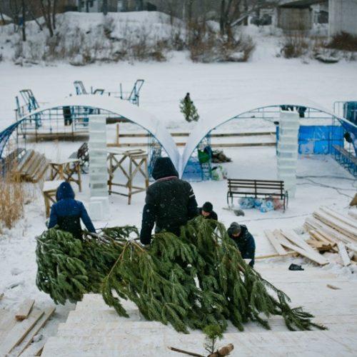 Крещенские купели в Оренбурге украсят елями и ледяными фигурами