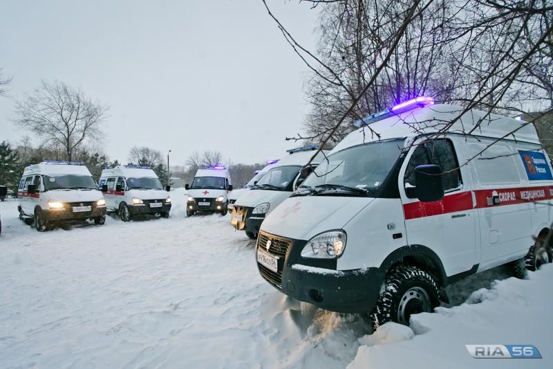 Автопарк оренбургской службы «скорой» пополнили 10 УАЗов и 12 ГАЗелей