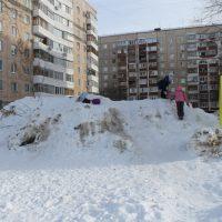 В Оренбурге общественники раскритиковали уборку дворов от снега