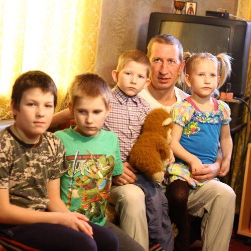 Папино счастье. Оренбуржцы могут помочь многодетной семье Гулиных