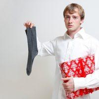 Только не носки: ТОП самых ненавистных подарков на 23 февраля