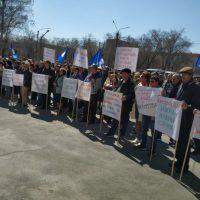 Спасти завод: орчане вышли на митинг в поддержку ЮУМЗ
