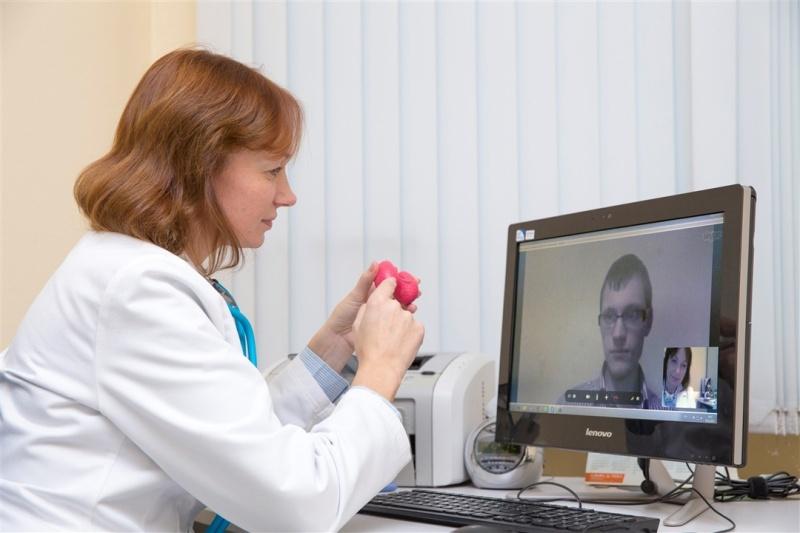 В поликлиниках Новотроицка будут консультировать пациентов на расстоянии