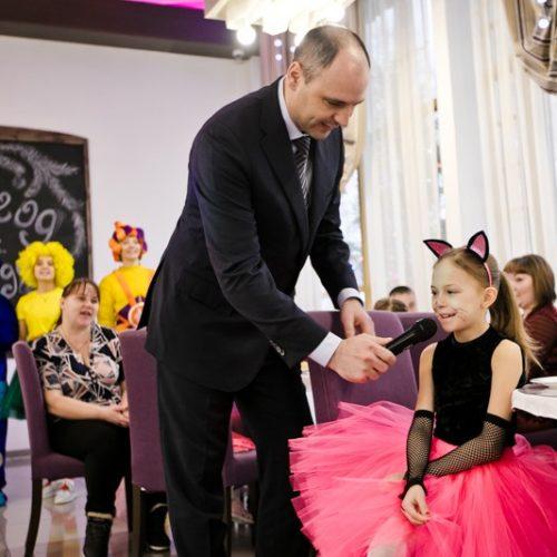 Денис Паслер исполнил мечту семилетней жительницы Бузулука