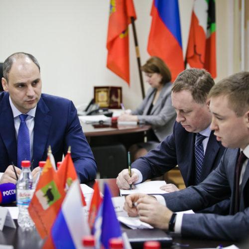 Денис Паслер: Область готова взять на баланс часть дорог Бугуруслана