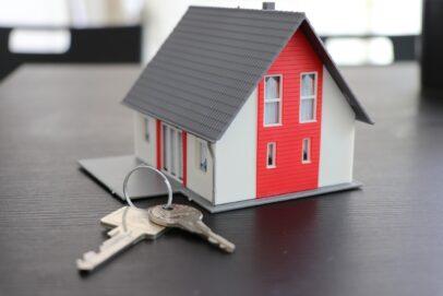 В России планируют запустить проект по регистрации сделок с недвижимостью за сутки