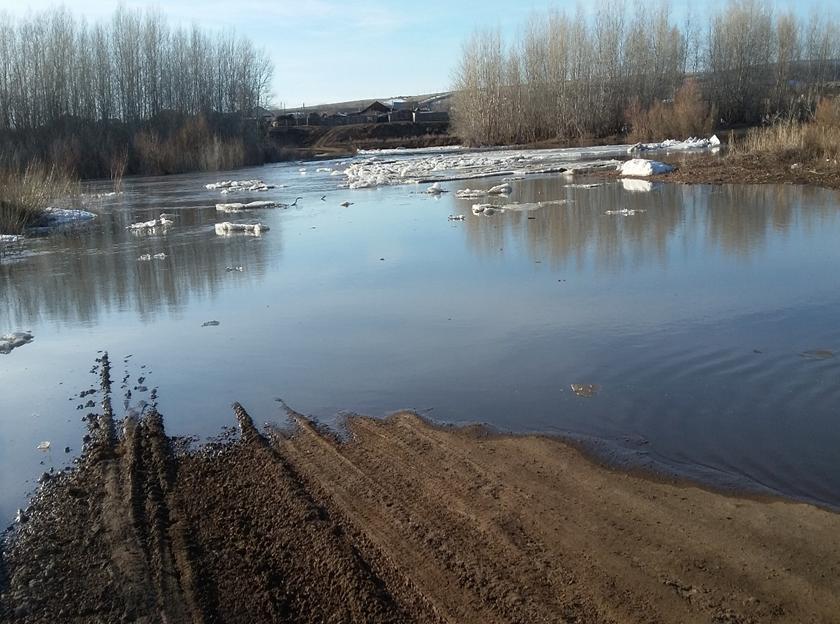 В Оренбуржье из-за паводка закрыли 12 мостов и 7 участков дорог