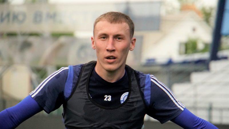 Устал от изоляций: футболист «Оренбурга» расторг контракт по необычной причине