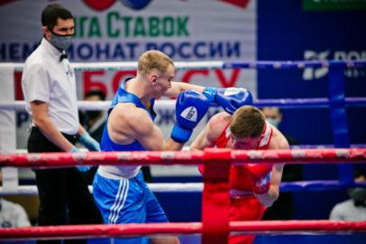 Чемпионат России по боксу стартовал в Оренбурге: прямая трансляция боев