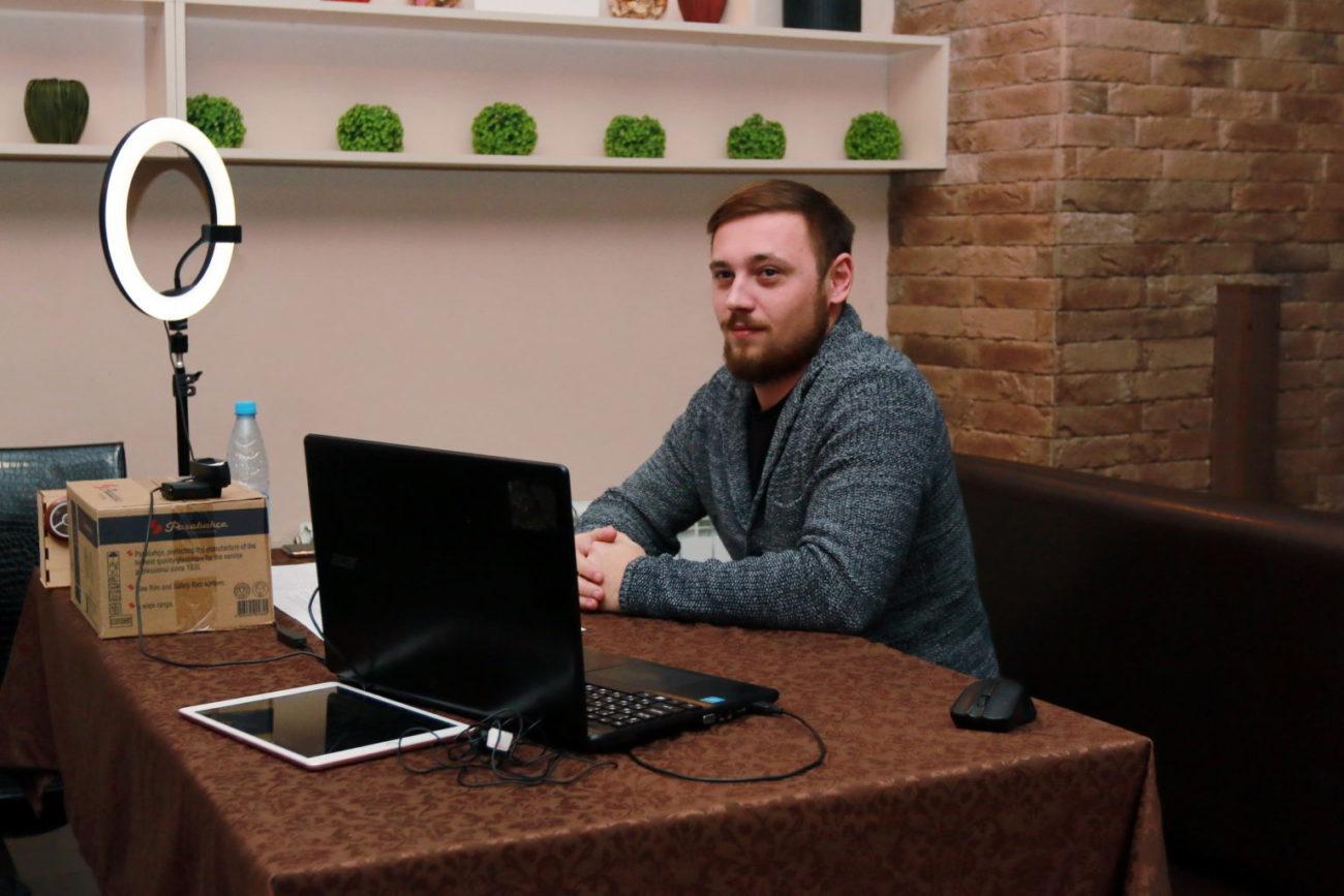 Предприниматель из Ясного поделился со школьниками тонкостями ведения бизнеса