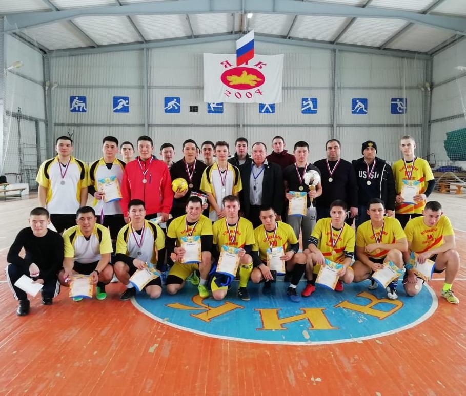 В Первомайском районе Оренбуржья провели новогодний турнир по мини-футболу