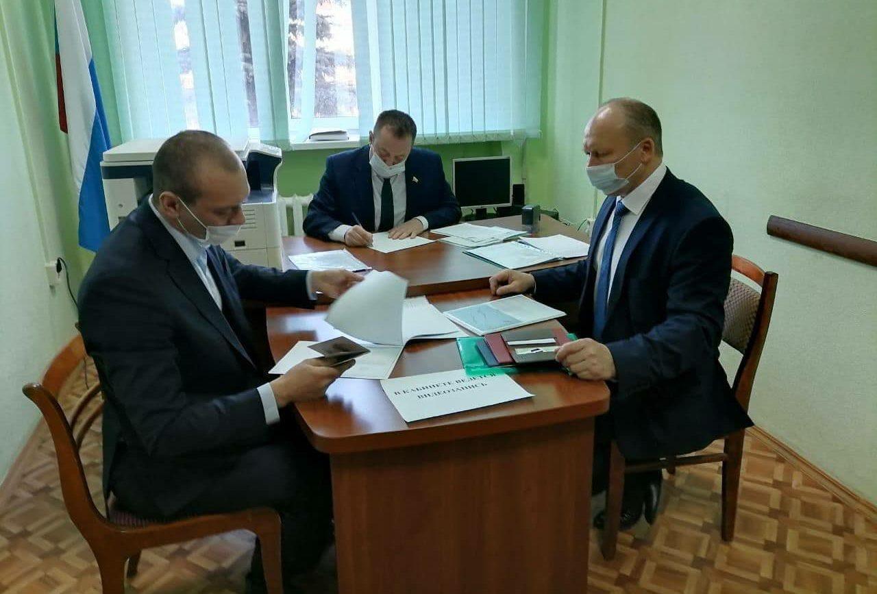 Четыре кандидата пока претендуют на пост мэра Бузулука