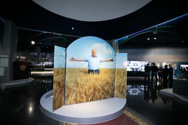 В Оренбуржье в селе Черный Отрог открылся музей Виктора Черномырдина