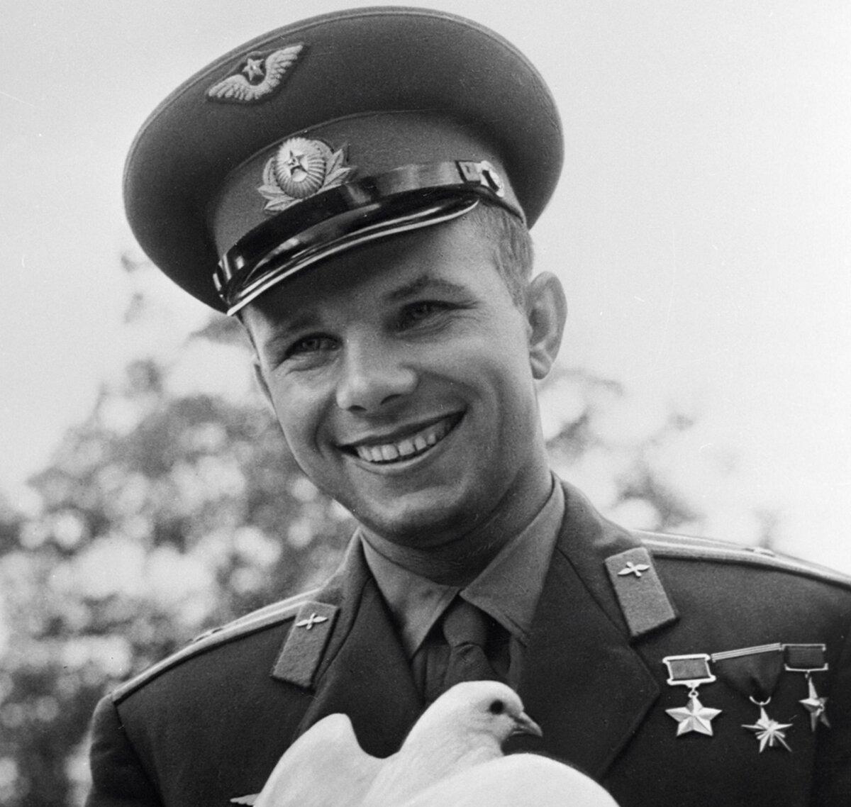 Как советское государство отблагодарило Юрия Гагарина за первый полет в космос